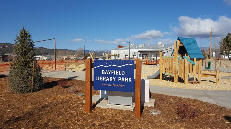 Pine River Library Park Sign